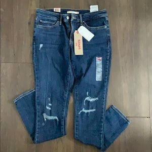 Levi's 711 skinny Jeans- Never Worn- Tags on